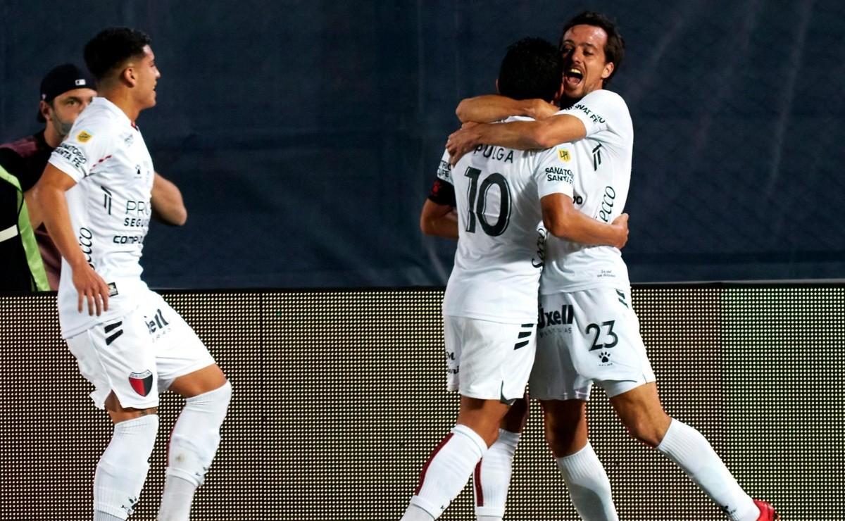 Dato Bolavip: el Pulga Rodríguez participó en 18 goles en sus últimos 20  partidos en Colón, finalista de la Copa de la Liga Profesional