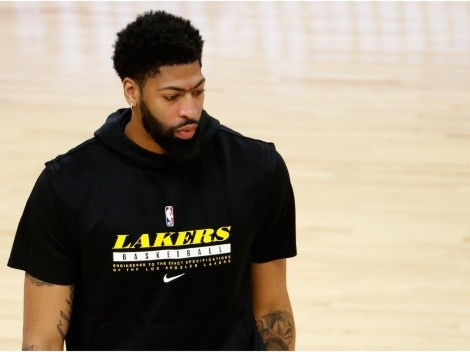 Anthony Davis shares bold warning ahead of must-win game vs. Suns