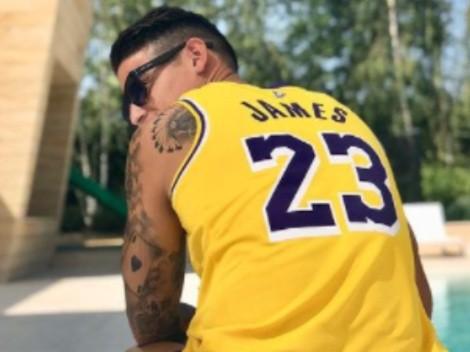 La foto de James con estrella de la NBA que suena para los Lakers