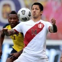 Qué bien le queda: el video que subió Lapadula con la nueva camiseta de Perú