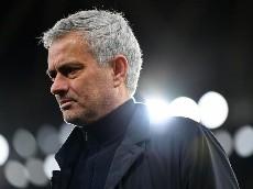 Mourinho, nuevo técnico de la Roma, se interesó en Robert Rojas
