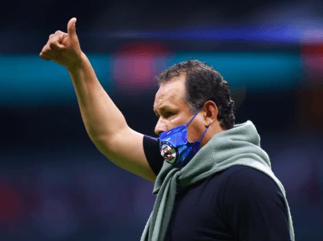 """""""Me invitaron a dar charlas con DT's como Guardiola y Mourinho"""": Juan Reynoso se codea con los grandes"""