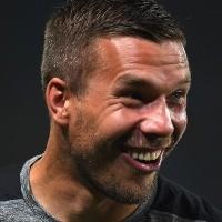 Querétaro espera la respuesta de Lukas Podolski