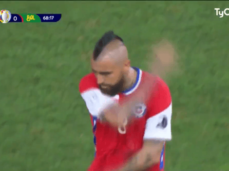 Video: a Vidal lo sacaron y se fue de la cancha totalmente enojado