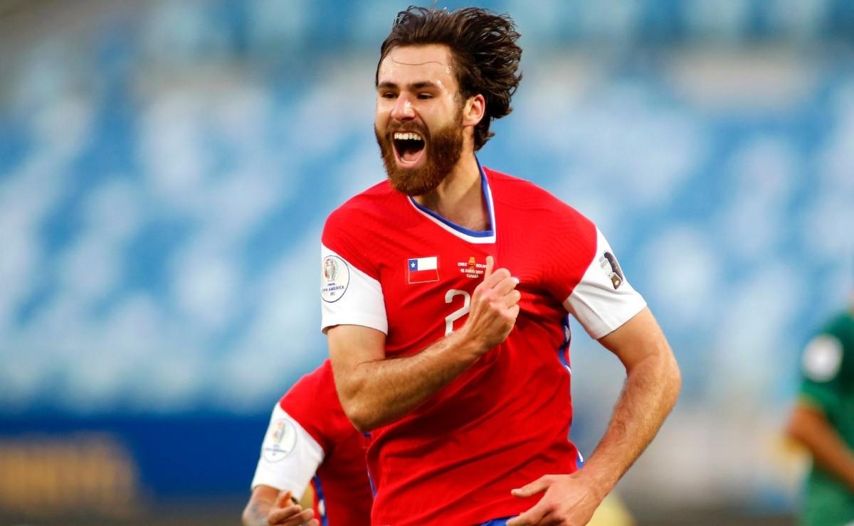 Las felicitaciones de compañeros a Ben Brereton, delantero de la Selección Chilena, en Redes Sociales