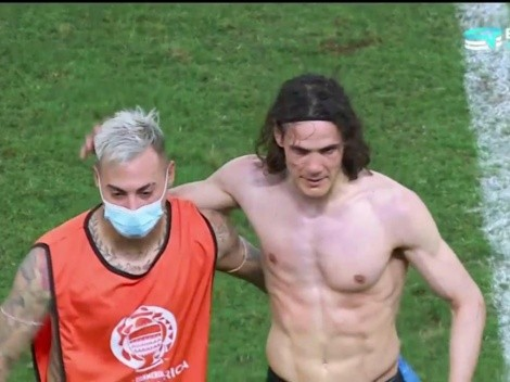 El saludo de Vargas y Cavani tras el Chile vs. Uruguay