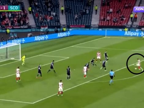 Video: Modric le pegó de primera y con tres dedos para un golazo brutal