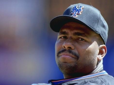 Este ex jugador de la MLB sigue cobrando su sueldo tras retirarse en 2001