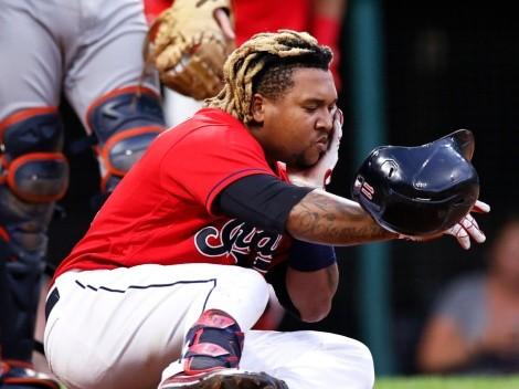 Nunca antes visto: jugador de la MLB se conectó un batazo a la cara