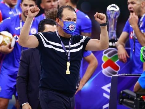 ¡Prolonga su leyenda! Juan Máximo Reynoso renovó con el Cruz Azul