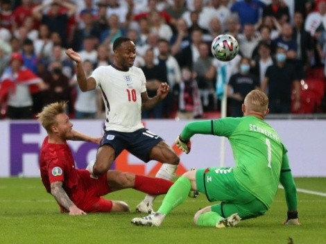 Simon Kjaer anotó en contra y le dio el empate a Inglaterra contra su Dinamarca