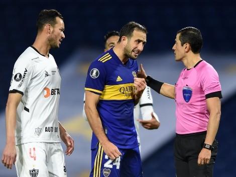 """Izquierdoz: """"El árbitro dijo 5 veces que sacaran y terminó revisando el VAR y anulando el gol"""""""