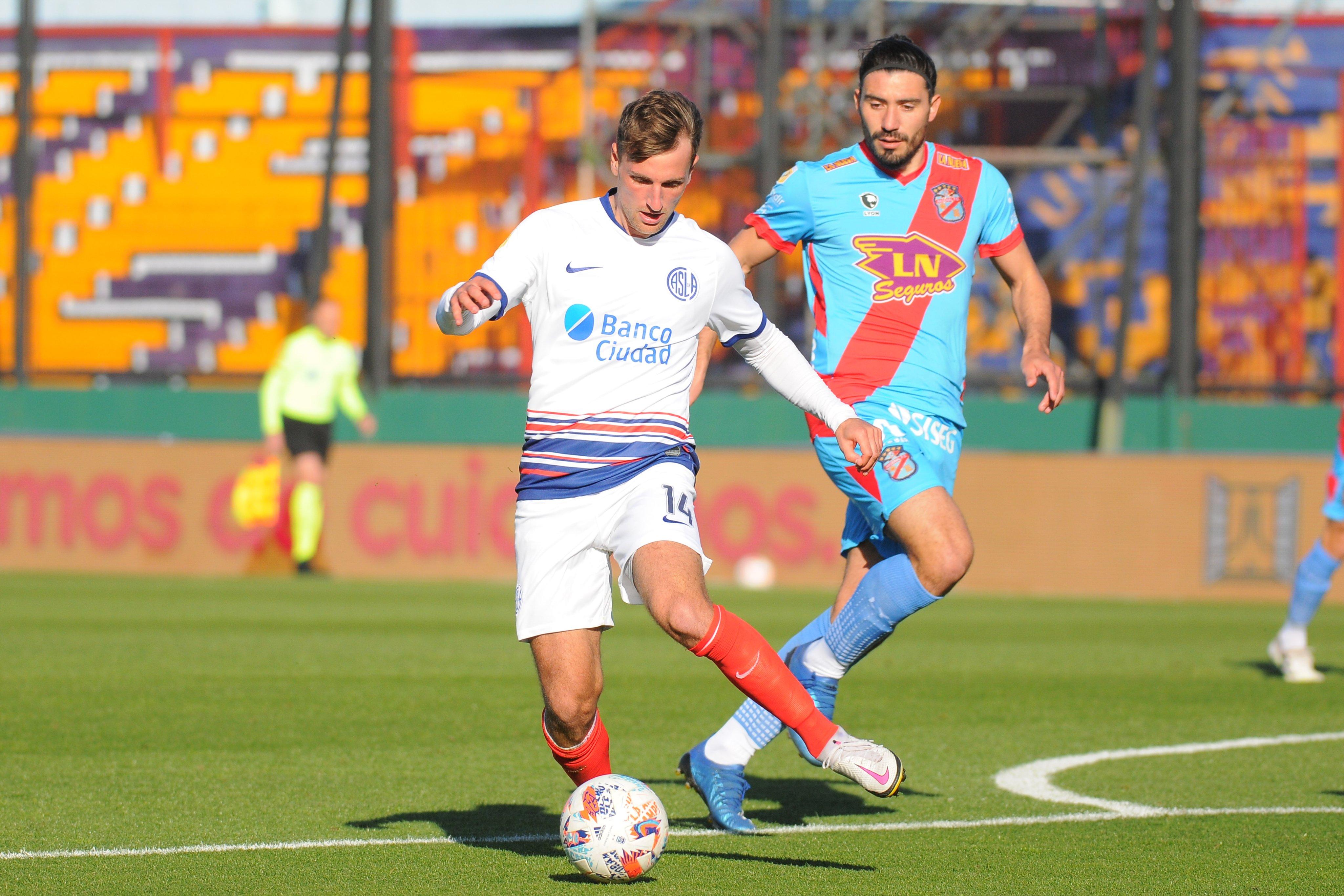 A San Lorenzo se le escapó en el final y terminó empatando 1 a 1 en el Viaducto
