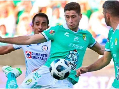 Santiago Ormeño y el espectacular golazo ante el Cruz Azul de Yoshimar Yotún