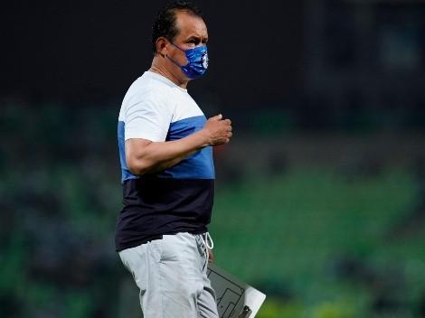 """Juan Reynoso se ilusiona con Cruz Azul: """"Poco a poco vamos a convertirnos en un equipo de época"""""""
