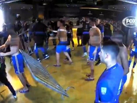 Jogadores do Boca Juniors passam a noite na delegacia para prestar depoimentos após confusão no jogo contra o Atlético-MG