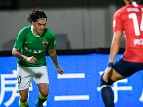 Juan Fernando Quintero, mágico: participó en los tres goles de la victoria del Shenzhen