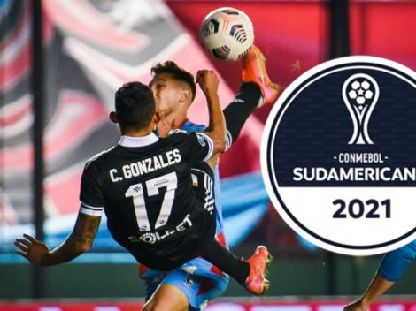 La 'chalaca' de Christofer Gonzáles fue premiada como 'mejor gol de la semana' en Copa Sudamericana