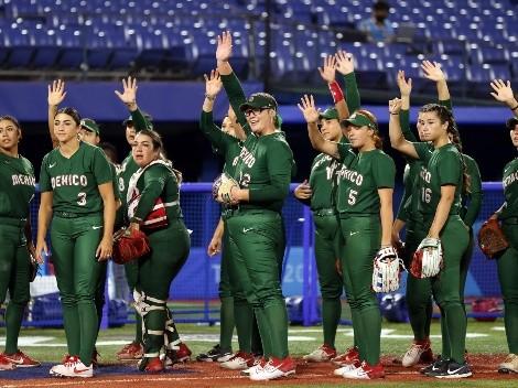 Seleccionadas de softbol ofrecen disculpa por el escándalo de los uniformes