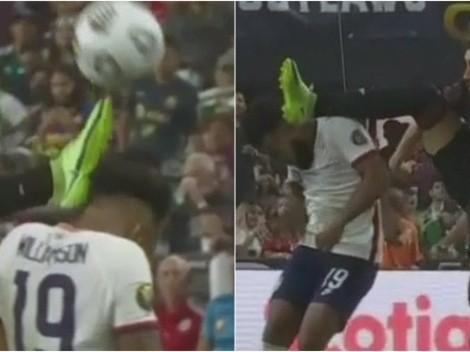 ¿Era roja para México? La patada de Herrera contra un jugador de USA