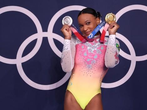 """Rebeca Andrade fala sobre lado psicológico nos Jogos Olímpicos e elogia Simone Biles: """"Todo mundo sabe como ela é incrível"""""""