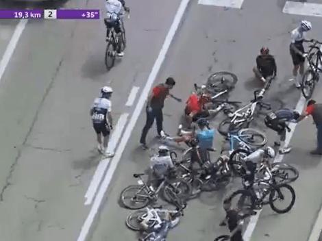 Dura caída de Egan Bernal en la primera etapa de la Vuelta a Burgos