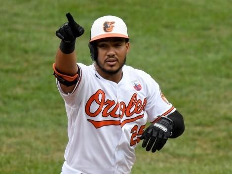 VIDEO: Jugador de los Baltimore Orioles se robó el show con un micrófono durante un partido