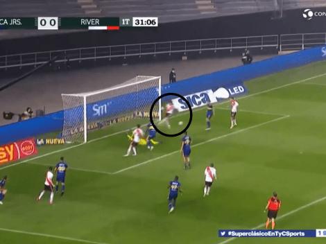Video: sin arquero, Braian Romero erró el primero de River contra Boca