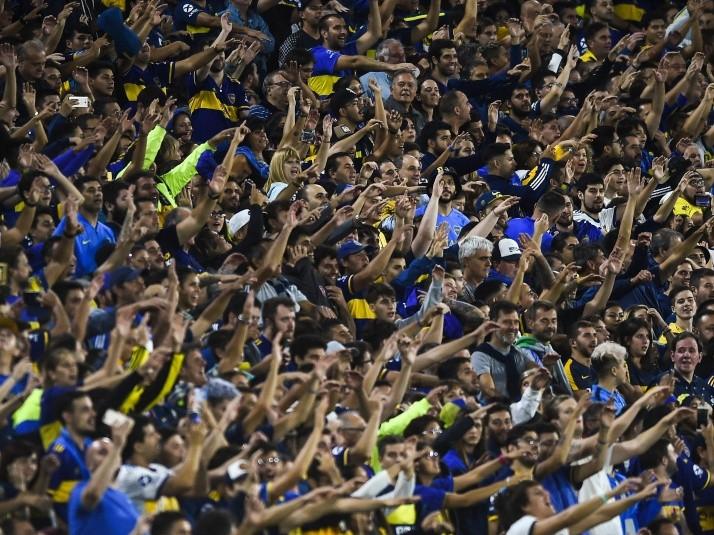 Alberto Fernández se refirió a la vuelta del público a las canchas del  fútbol argentino y confirmó que habrá una vuelta regresiva en el Plan de  Recuperación Responsable