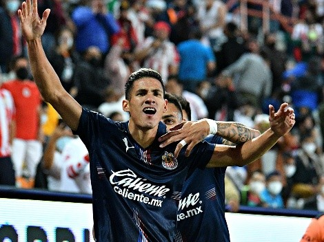 Uriel Antuna interesa en Olympiacos para jugar la Europa League