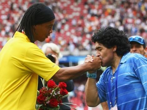 """Ronaldinho y el regalo que le hizo Maradona: """"Recuerdos con mi ídolo"""""""