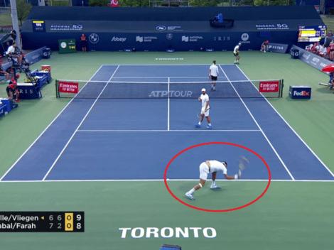 Muy furioso: así reaccionó Farah tras la derrota en Toronto, cogió la raqueta a golpes