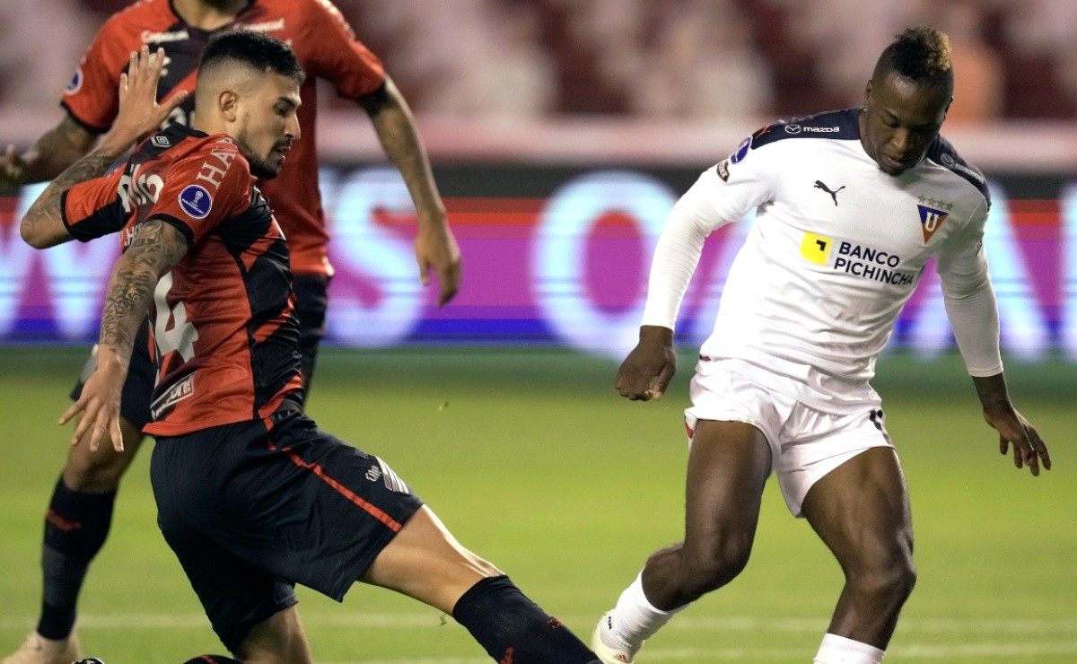 Athletico Paranaense vs LDU Quito: Preview, predictions, odds and how to watch 2021 Copa Conmebol Sudamericana quarter-finals in the US today