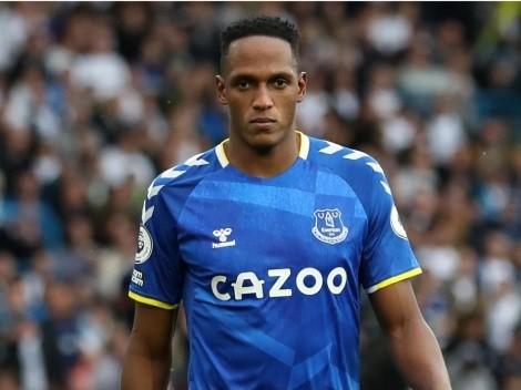 ¿Por qué Yerry Mina no juega en el Brighton vs Everton?