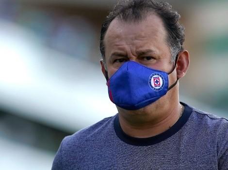 Juan Reynoso se mostró preocupado por la fecha FIFA