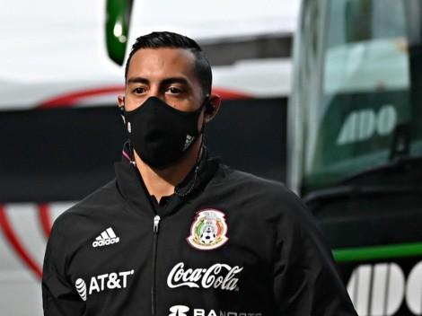 Rogelio Funes Mori relega a Santiago Giménez