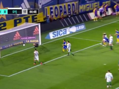 VIDEO: El palo y un milagro le dijeron que no a Luis Vázquez tras un tremendo cabezazo