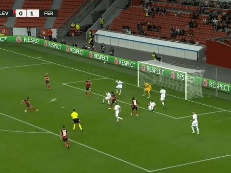 Más al ángulo imposible: Palacios marcó por primera vez en Europa con este golazo