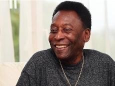 Empeora el estado de salud de Pelé y vuelve a ser internado