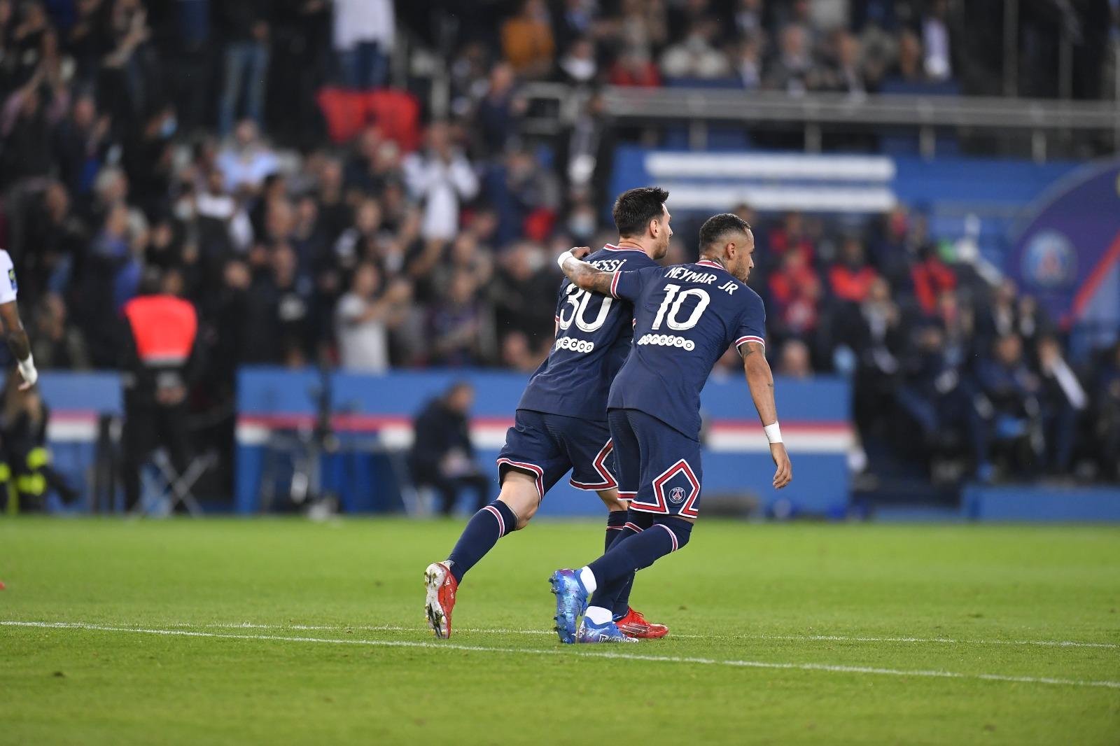 Sobre el final y gracias a Icardi, el PSG se quedó con la victoria sin mucho por destacar