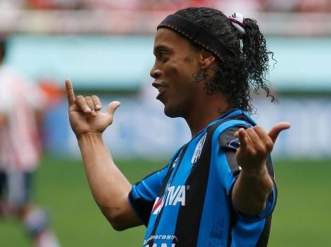 Ronaldinho recuerda su primer gol en la Liga MX hace siete años