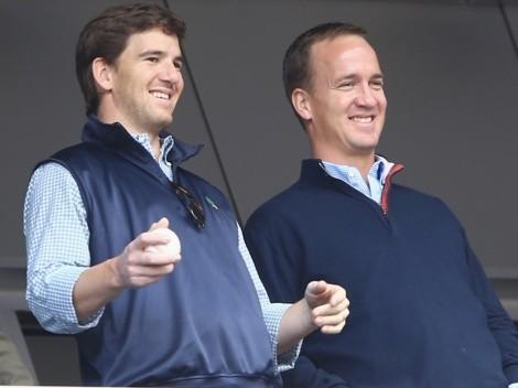 El éxito de Peyton y Eli Manning con sus reacciones en vivo de NFL 2021