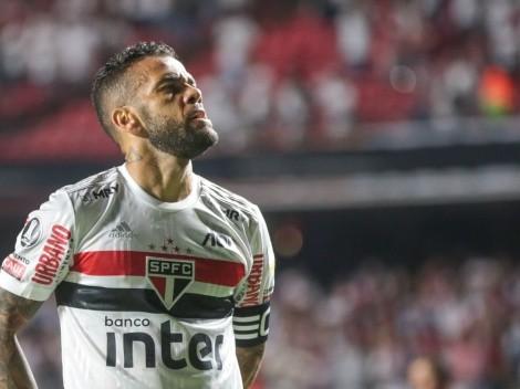 """""""Fred + R$ 300 mil"""": salário de Dani Alves no Fluminense será quase 1/2 no São Paulo"""