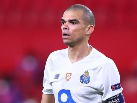 """Pepe encara severa punição após """"gancho"""" em zagueiro do Sporting"""