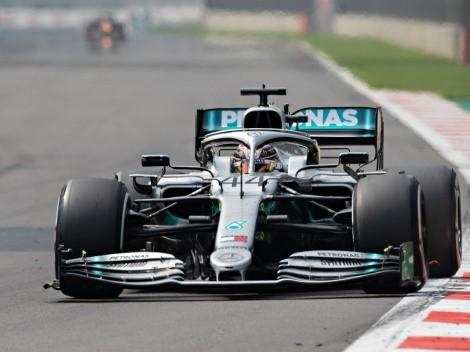 VIDEO: Lewis Hamilton atropella a uno de sus mecánicos