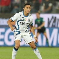 Alexis ve acción en los últimos minutos en igualdad de Inter ante Atalanta