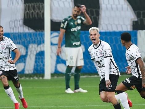 Empolgação, abraços e Sylvinho pedindo alma: Corinthians divulga bastidores após a vitória no Derby