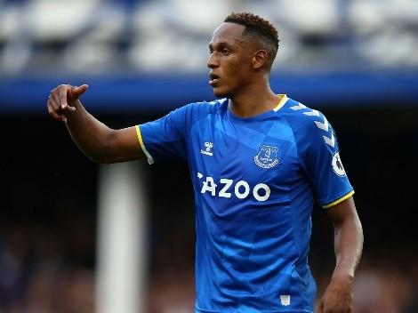 Exjugador del Everton no lo duda y afirma que Mina es el mejor central del equipo