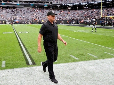Se le cae el mundo a Jon Gruden tras dejar Las Vegas Raiders por dichos racistas