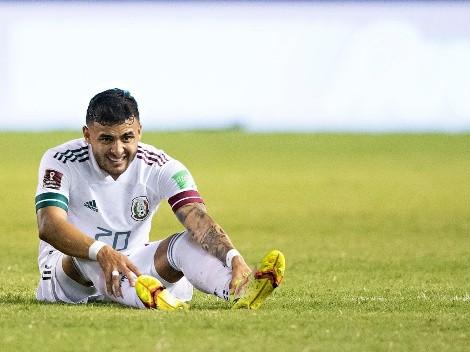 Sufre Chivas tras la dura lesión de Alexis Vega en el partido del Tri